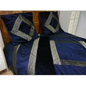 Couvre-lit en velours et brocard