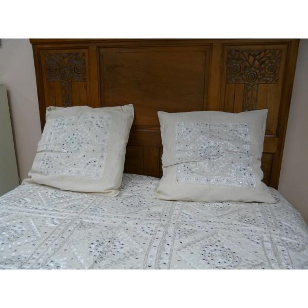 Couvre lit en coton nuit toil e brod la main avec des - Couvre lit coton ...