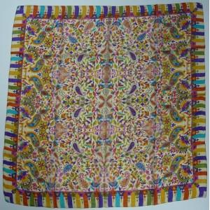 Foulard en soie grand carré imprimé Naomi